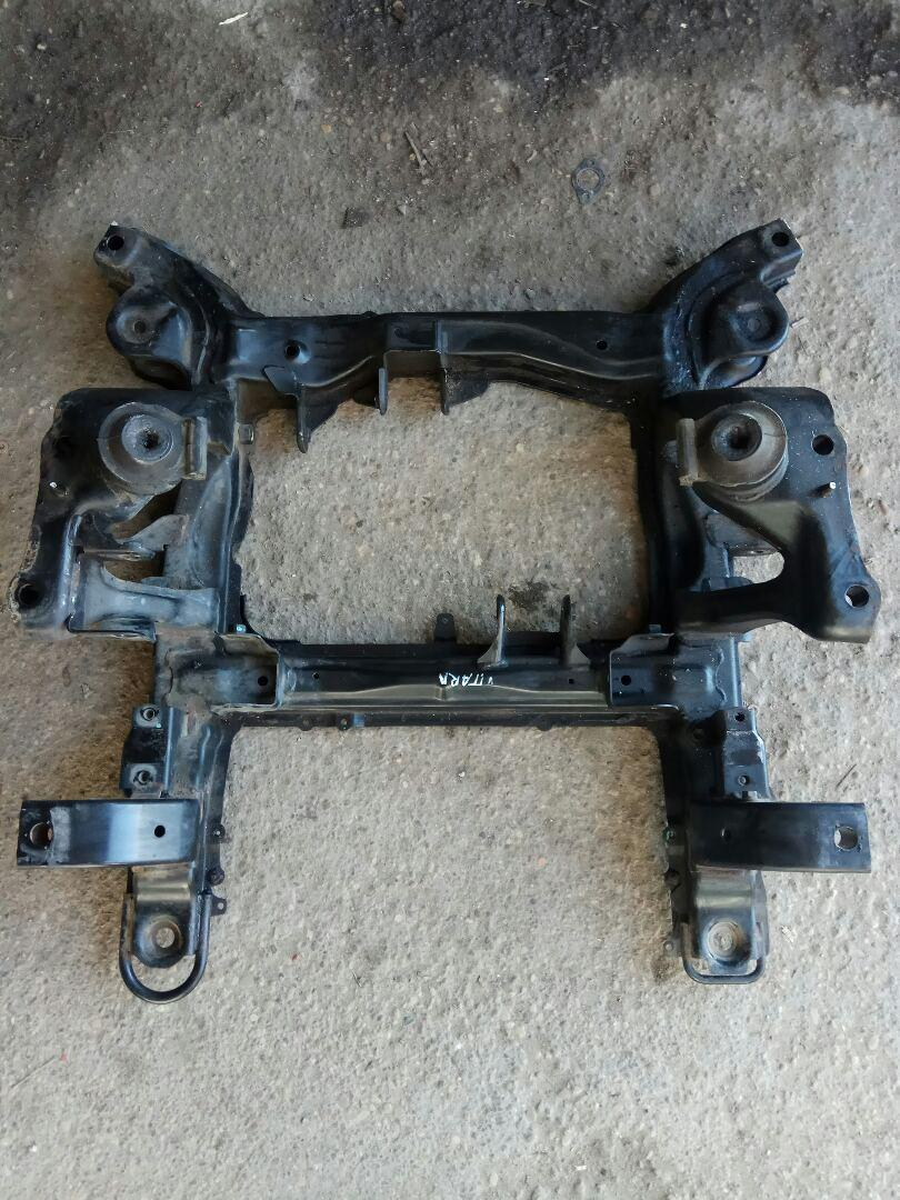 Балка подвески передняя (подрамник) Suzuki Vitara2