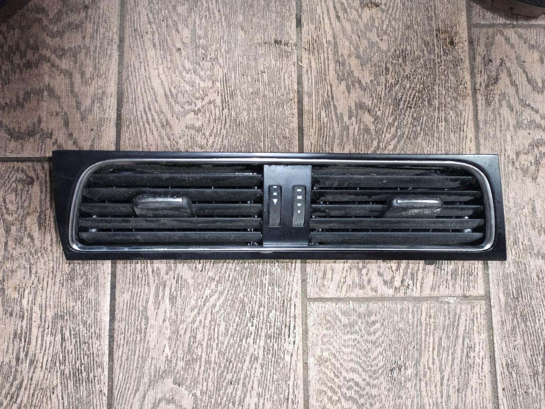 Дефлектор обдува салона Audi A4 B8 (S4,RS4) 8T1820951C