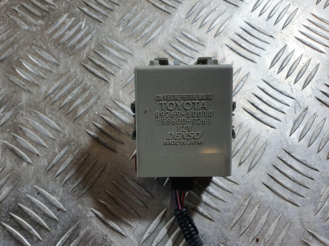 Датчик давления в шине   89769-50010,89769-50011