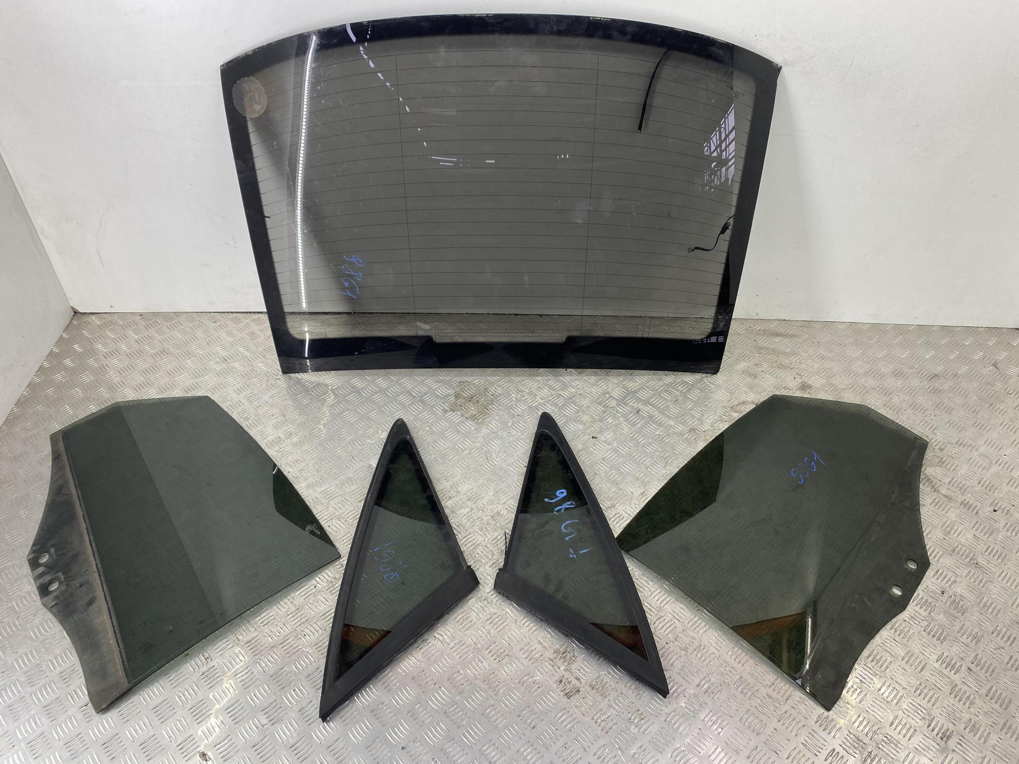 Комплект задних стекол